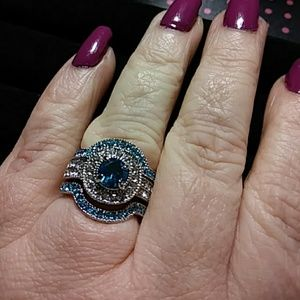 Jewelry - Sz6 engagement and wedding ring set